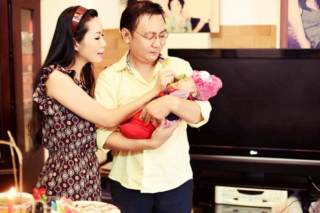 Điểm danh những mỹ nhân Việt sinh con muộn màng ở tuổi U40, thậm chí U50 cũng không phải là chuyện hiếm - Ảnh 2.