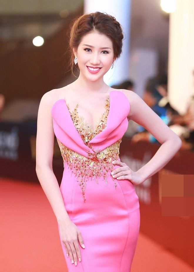 Lục lại quá khứ mới thấy Thư Dung không phải Hoa hậu duy nhất khiến người ta choáng váng với khả năng tiếng Anh thần sầu - Ảnh 4.