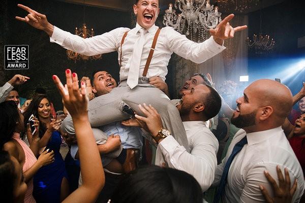 30 bức ảnh cưới đầy cảm xúc khiến người ta chỉ muốn được lập tức nắm tay người mình yêu bước vào lễ đường - Ảnh 12.