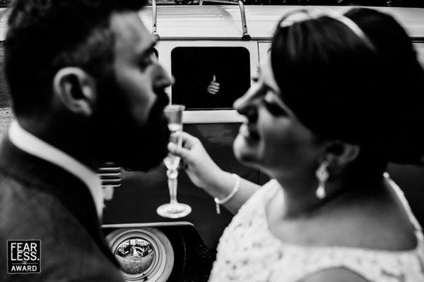 30 bức ảnh cưới đầy cảm xúc khiến người ta chỉ muốn được lập tức nắm tay người mình yêu bước vào lễ đường - Ảnh 11.