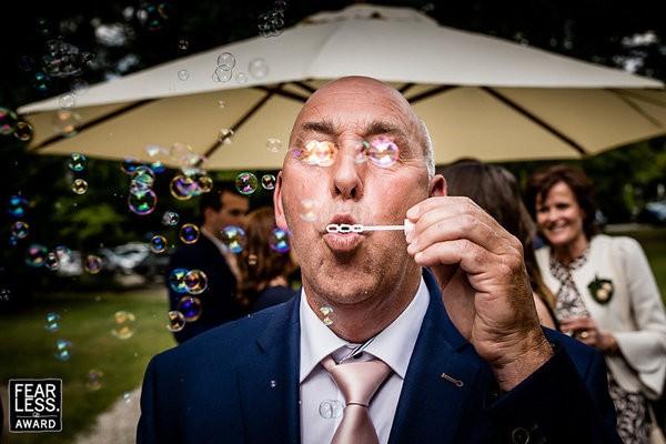 30 bức ảnh cưới đầy cảm xúc khiến người ta chỉ muốn được lập tức nắm tay người mình yêu bước vào lễ đường - Ảnh 6.