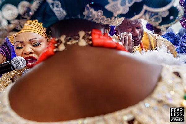 30 bức ảnh cưới đầy cảm xúc khiến người ta chỉ muốn được lập tức nắm tay người mình yêu bước vào lễ đường - Ảnh 4.