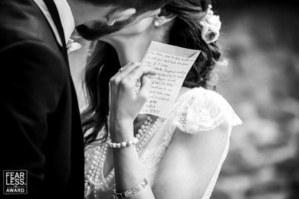 30 bức ảnh cưới đầy cảm xúc khiến người ta chỉ muốn được lập tức nắm tay người mình yêu bước vào lễ đường - Ảnh 21.