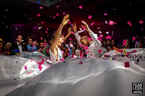 30 bức ảnh cưới đầy cảm xúc khiến người ta chỉ muốn được lập tức nắm tay người mình yêu bước vào lễ đường - Ảnh 8.