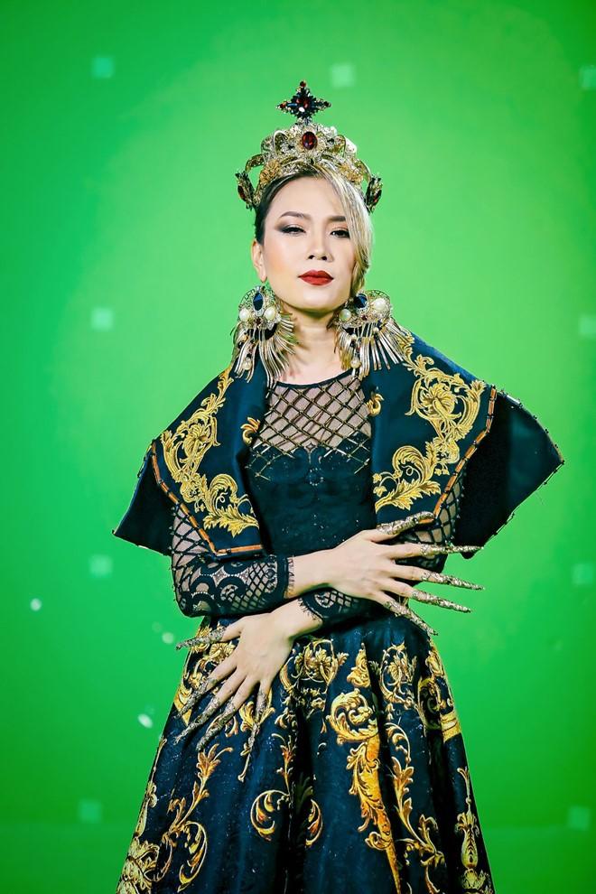 Bị mắng chửi vì điều gì thì đáp trả bằng điều đó, loạt ca sĩ cao tay nhất showbiz Việt là đây - Ảnh 13.