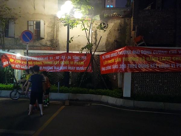 Hà Nội: Cư dân chung cư túc trực đã 20 ngày đêm, ngăn việc sử dụng đường nội bộ để thi công trường mầm non - Ảnh 6.