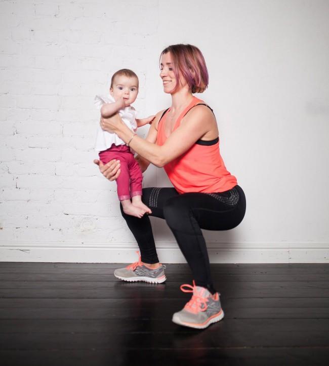 Bà mẹ 3 con chia sẻ bí quyết lấy lại vóc dáng cực nhanh và hiệu quả sau khi sinh - Ảnh 2.