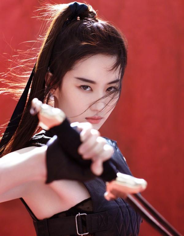 Xót xa trước cảnh Lưu Diệc Phi kiệt sức, gầy tong teo trên phim trường - Ảnh 9.