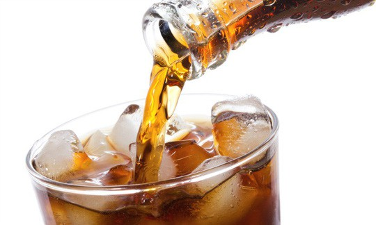 Nước ngọt không đường làm bạn… tiểu đường và béo phì - Ảnh 1.