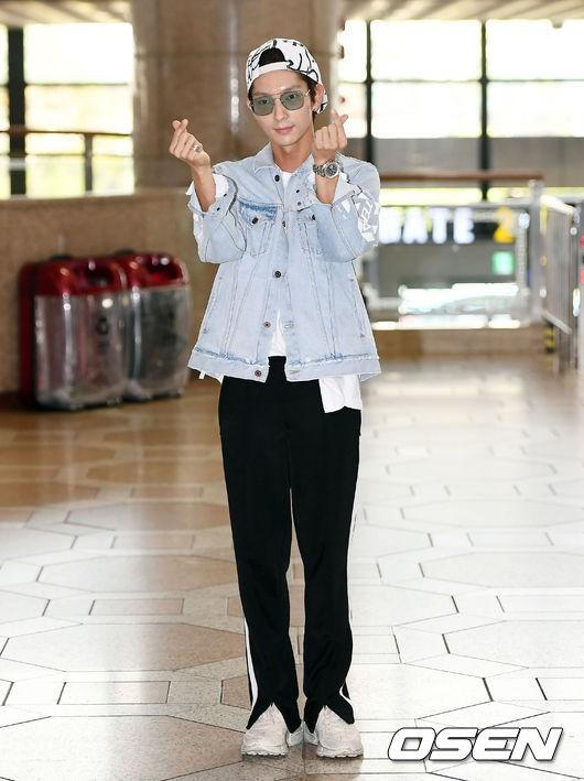 Khác một trời một vực với ảnh tạp chí, tài tử Lee Jun Ki gây hốt hoảng với cằm nhọn nhô ra như lưỡi cày - Ảnh 2.