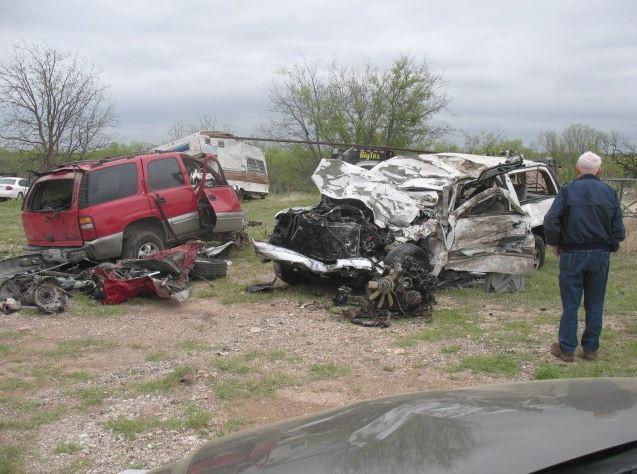 Hai chị em lần đầu gặp nhau sau tai nạn giao thông thảm khốc nhưng đó vẫn chưa phải là toàn bộ bi kịch của gia đình này - Ảnh 3.