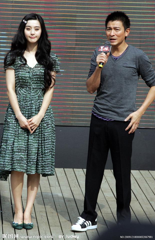 """Mặc váy cũ từ 12 năm trước mà trông không già đi chút nào, Phạm Băng Băng quả là """"tường thành nhan sắc"""" của Cbiz - Ảnh 2."""