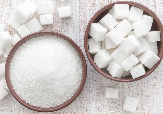 Nhiều người kiêng đường vì sợ đường làm khối u phát triển nhanh hơn: Đâu là sự thật? - Ảnh 2.