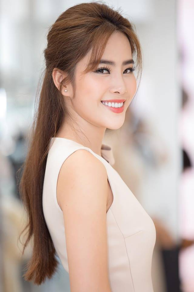 3 người đẹp sàn sàn tuổi nhau: Kỳ Duyên, Angela Phương Trinh và Nam Em: sau những nghi án thẩm mỹ liên tiếp, hiện giờ nhan sắc ra sao - Ảnh 29.