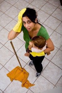Phải làm hết việc nhà, nhờ chồng trông con khóc chỉ một lúc cũng không xong, bà mẹ trẻ Mỹ viết tâm thư gây sốt cộng đồng mạng - Ảnh 3.