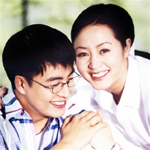 Chị đại Kim Hye Soo: Gái ế đắt giá của showbiz Hàn, chẳng cần bên ai cũng tự mình tỏa hương - Ảnh 4.