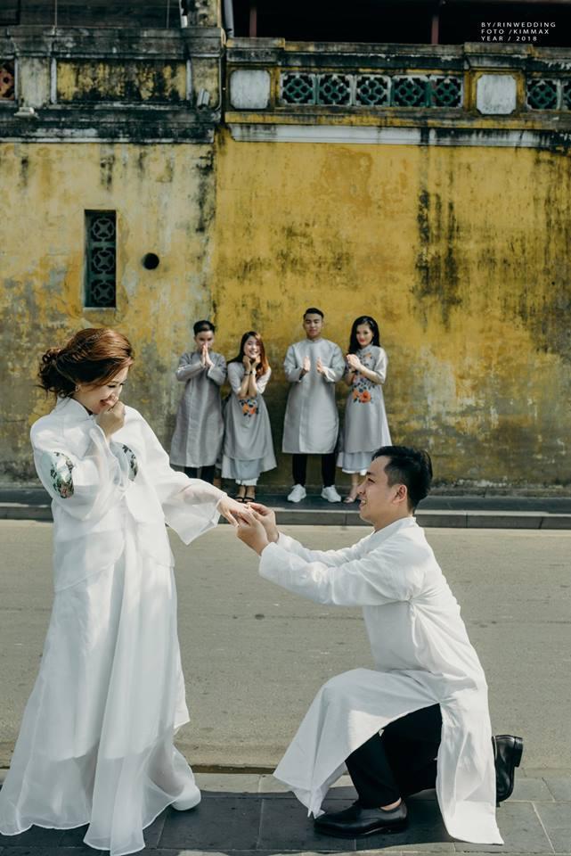 Muốn cưới vui, ảnh đẹp cứ cắp theo đạo cụ là hội bạn thân thì cứ gọi là ngả nghiêng vì hạnh phúc - Ảnh 5.