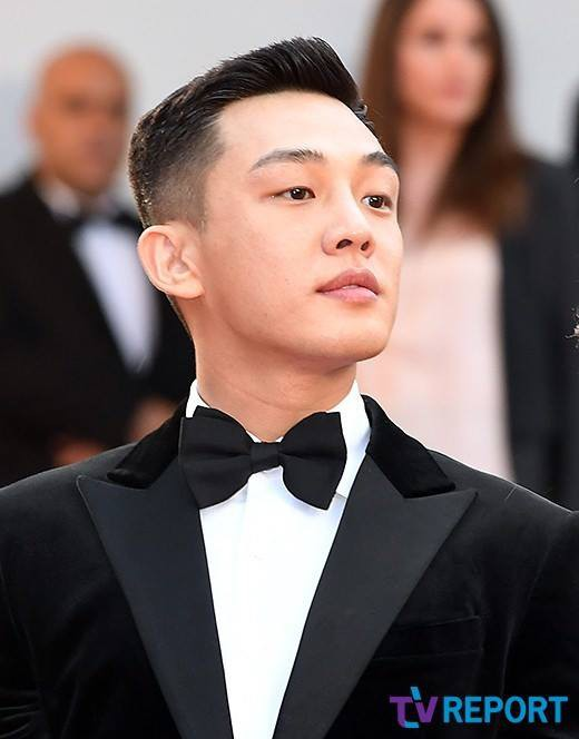 Dàn soái ca Châu Á Huỳnh Hiểu Minh, Yoo Ah In khiến loạt mỹ nhân phải lép vế khi xuất hiện trên thảm đỏ Cannes - Ảnh 3.