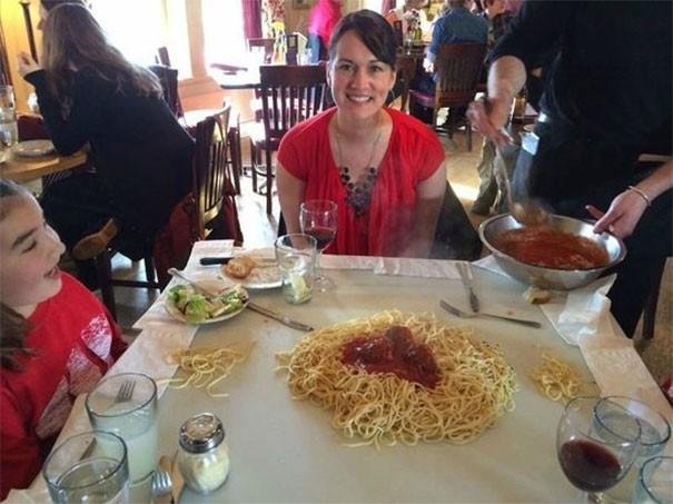 Khi nhà hàng muốn chơi bạn bằng đồ đựng thức ăn, bạn sẽ choáng đến mức thở không kịp - Ảnh 21.