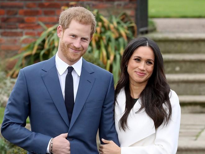 Hành trình lọ lem Meghan từ khi đánh rơi hài tới cô dâu ở đám cưới hoàng gia 1,5 tỉ người theo dõi, tiêu tốn 40 triệu đô la - Ảnh 11.