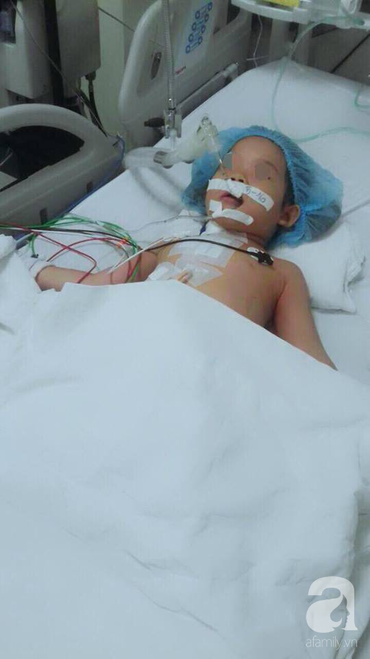 Cầm bút bi chạy chơi, bé gái 4 tuổi bị bút đâm xuyên thấu ngực - Ảnh 5.
