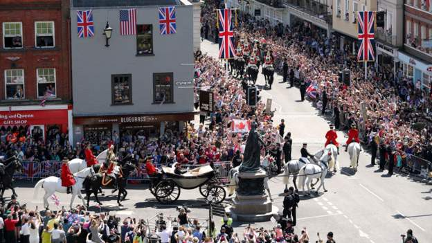 Cận cảnh những khoảnh khắc như mơ từ đám cưới hoàng gia 40 triệu đô, có hàng tỉ người ngóng chờ - Ảnh 6.