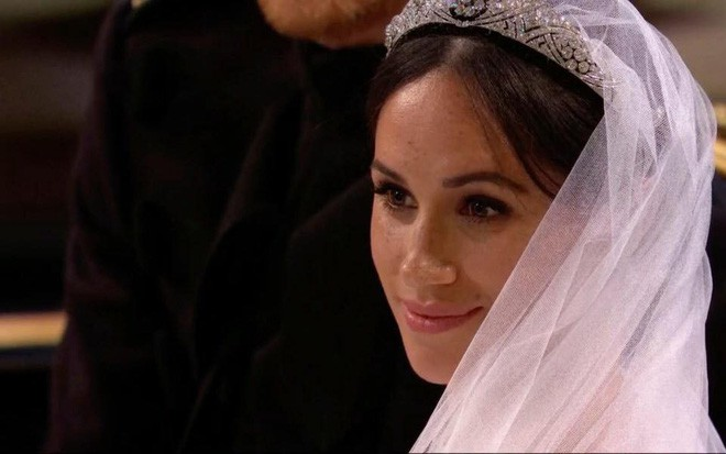 Đám cưới hoàng gia Anh: Hôn lễ kết thúc, cô dâu chú rể trao nhau nụ hôn ngọt ngào trước toàn thể mọi người - Ảnh 44.