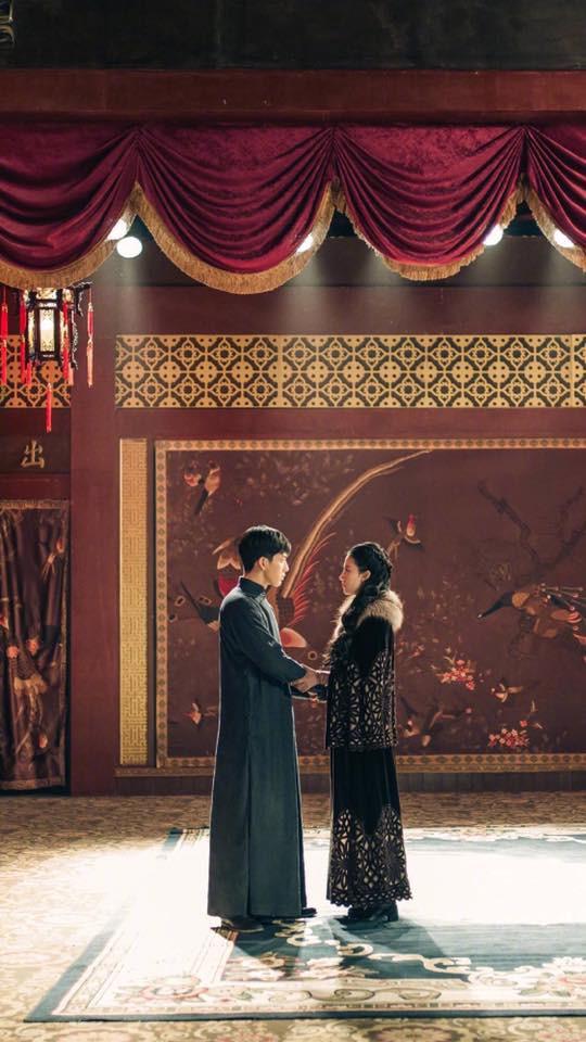 Lưu Diệc Phi lộ ảnh ôm ấp trai đẹp cực ngọt ngào - Ảnh 3.