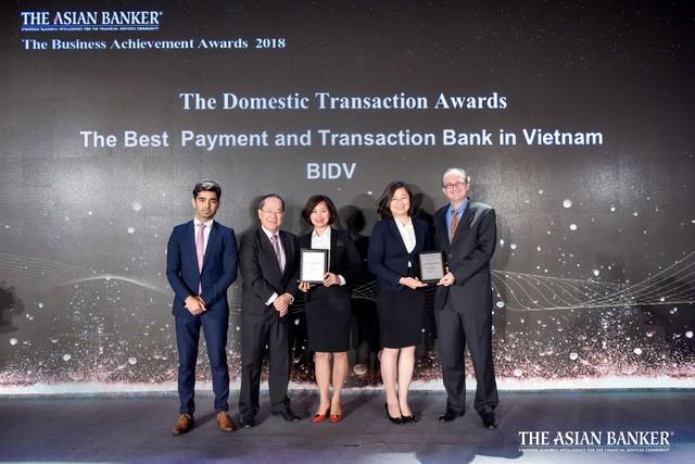 BIDV được vinh danh Ngân hàng cung cấp dịch vụ thanh toán tốt nhất và Ngân hàng giao dịch tốt nhất tại Việt Nam  - Ảnh 1.