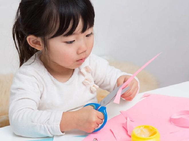 6 hành động cực đơn giản sẽ giúp con thông minh hơn mà các ông bố bà mẹ nên thực hiện mỗi ngày - Ảnh 5.