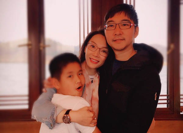 Mẹ đơn thân kể chuyện sống cảnh 1 ông 2 bà ròng rã 6 năm vì chồng hờ dỗ vợ anh bệnh nặng, chỉ 2 năm là chết thôi - Ảnh 2.