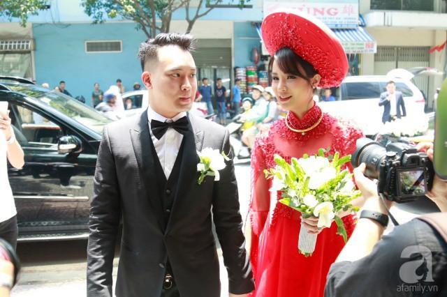 Cùng diện áo dài đỏ ngày ăn hỏi, Diệp Lâm Anh, HH Thu Thảo và Hà Tăng lại chọn 3 phong cách hoàn toàn khác nhau - Ảnh 2.