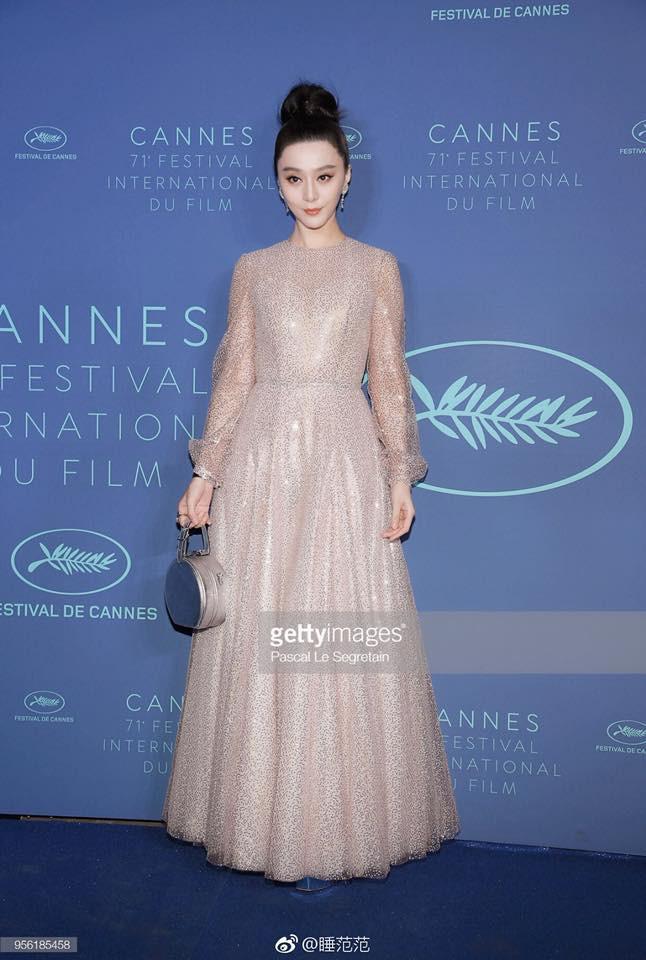 Cận cảnh nhan sắc không qua photoshop của Phạm Băng Băng tại tiệc mừng LHP Cannes - Ảnh 4.