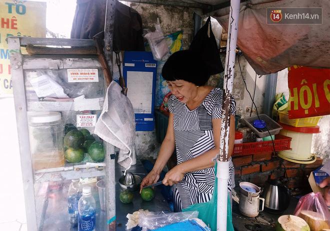 Những câu chuyện phía sau thùng tiền Bạn gặp khó khăn, lấy 3 tờ ở Sài Gòn: Từng có nhóm thanh niên đem bịch nilon tới hốt! - Ảnh 3.