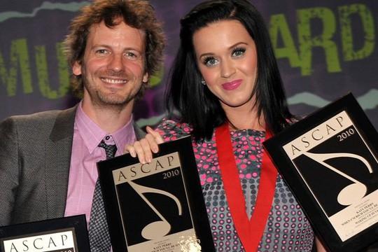 Katy Perry vui vẻ đi hẹn hò với Orlando Bloom sau loạt nghi vấn từng bị cưỡng hiếp - Ảnh 3.