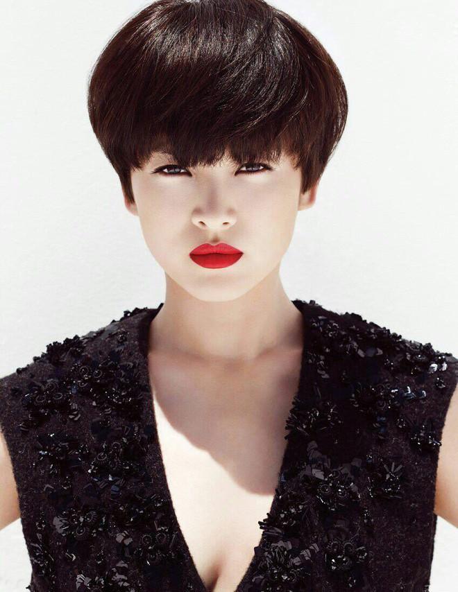 Nhan sắc Song Hye Kyo và nữ chính tin đồn Hậu Duệ Mặt Trời Nhã Phương: Chưa nhận vai đã bị đặt lên bàn cân - Ảnh 16.