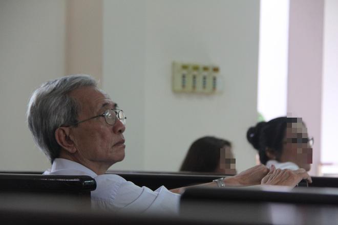 Nguyễn Khắc Thủy đã tự nguyện thi hành án, chính thức chịu án 3 năm tù giam về tội dâm ô trẻ em ở Vũng Tàu - Ảnh 1.
