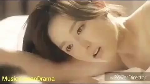 Hé lộ cảnh nóng bị cắt của loạt phim Hàn nổi tiếng: Nóng nhất là cặp đôi Hậu Duệ Mặt Trời - Ảnh 14.