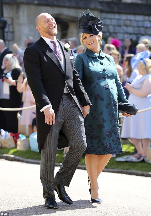 Chưa được 2 tháng tuổi, Hoàng tử Louis đã bị em gái họ mới sinh giành mất danh hiệu em bé nặng cân nhất Hoàng gia Anh - Ảnh 1.