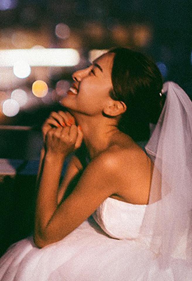 Bộ ảnh cưới đẹp mê đang khuấy đảo MXH: Thần thái quá đỗi tự nhiên, tình và mãn nguyện - Ảnh 2.