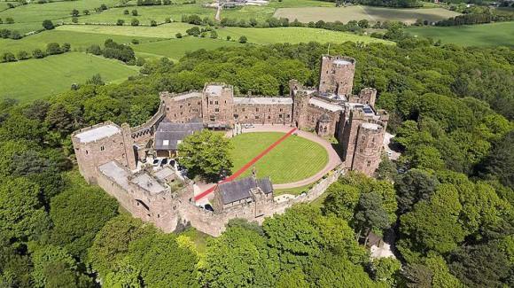 Đám cưới cổ tích tại lâu đài nước Anh của cặp mỹ nam hot nhất nhì châu Á - Ảnh 16.