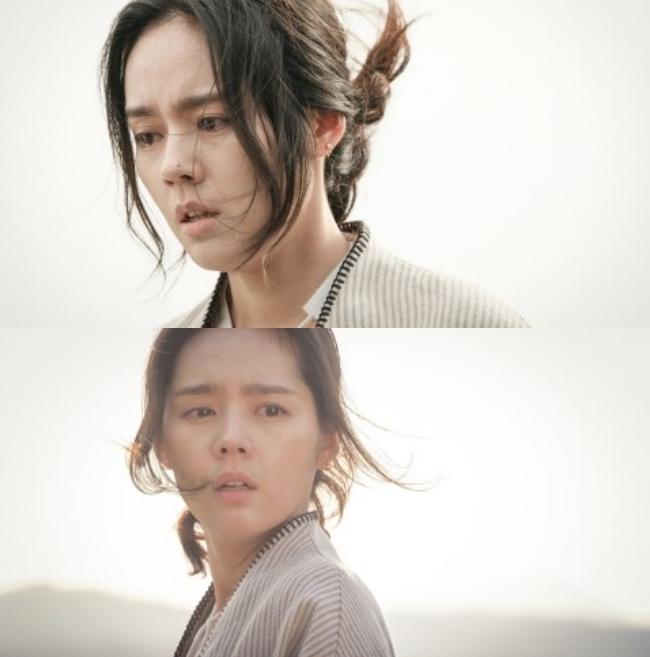 Ngược đời nhan sắc Han Ga In: Ảnh trong phim đã chỉnh sửa thì già khú, nhưng cứ đi sự kiện lại gây sốt vì quá trẻ - Ảnh 1.