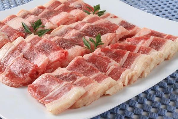 Đã có người nhập viện vì ăn thịt lợn để lâu trong tủ lạnh, chuyên gia cảnh báo thói quen ăn uống này vô cùng đáng sợ - Ảnh 1.
