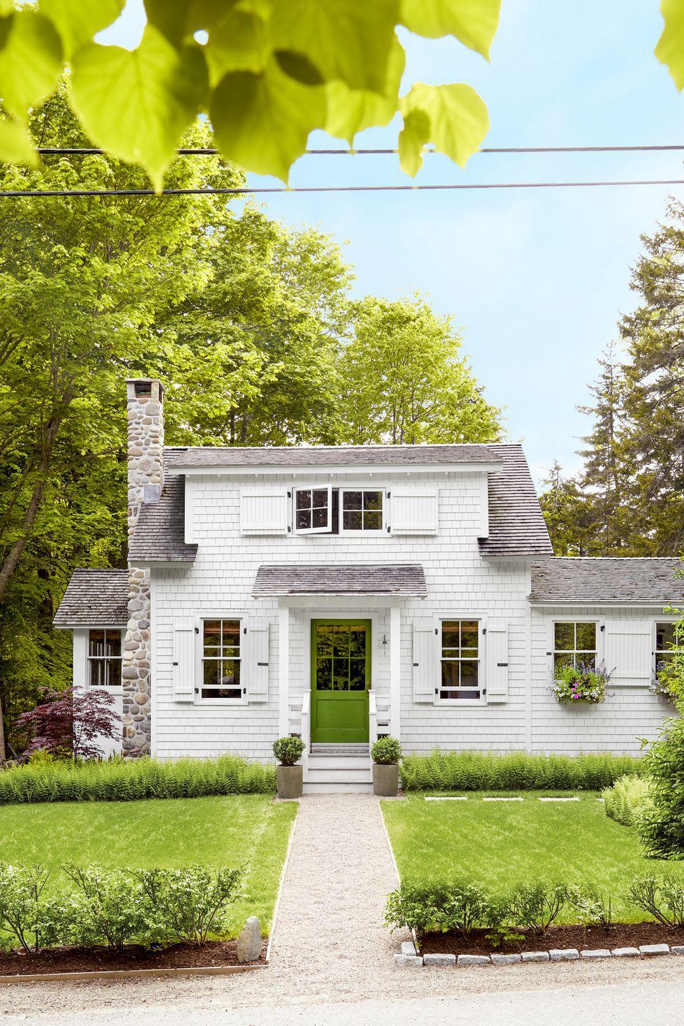 Góc ghen tị: Ngôi nhà đồng quê của cặp vợ chồng trẻ ở nông thôn vừa to vừa đẹp, cây cối tươi tốt bao phủ quanh năm - Ảnh 1.