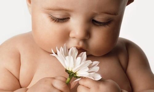 Trẻ không được ngủ đủ giấc có thể mắc phải các vấn đề sức khỏe sau đây  - Ảnh 2.