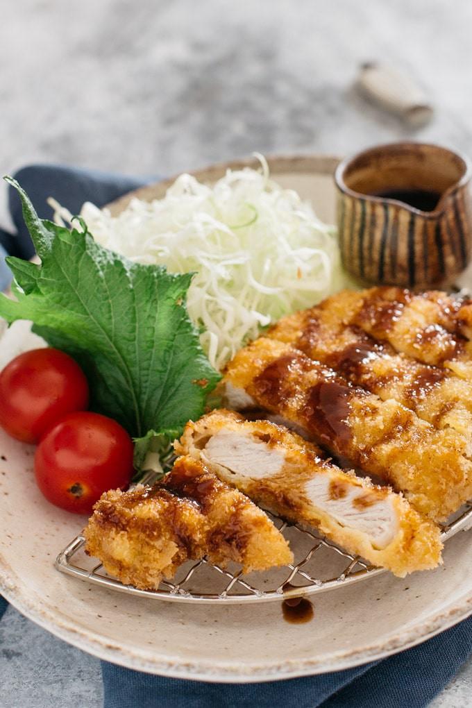 Học người Nhật làm thịt tẩm bột chiên giòn bên ngoài mềm ngọt bên trong - Ảnh 9.