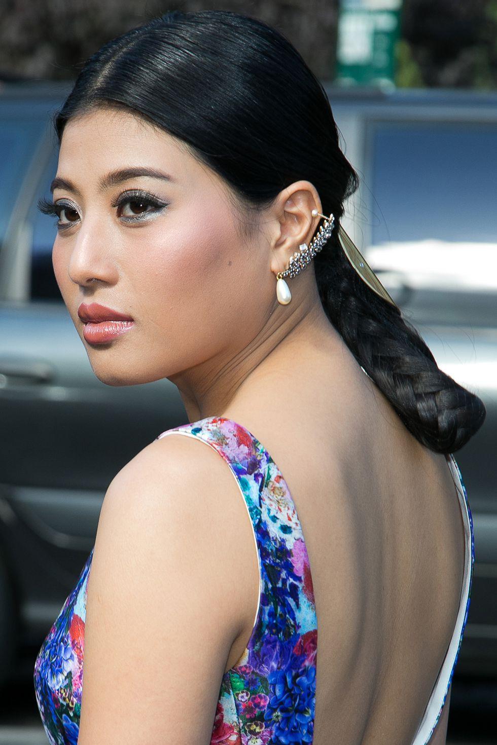 15 kiểu tóc ấn tượng của các người đẹp Hoàng gia: kiểu nào cũng hoàn hảo tựa như một tuyệt phẩm  - Ảnh 12.
