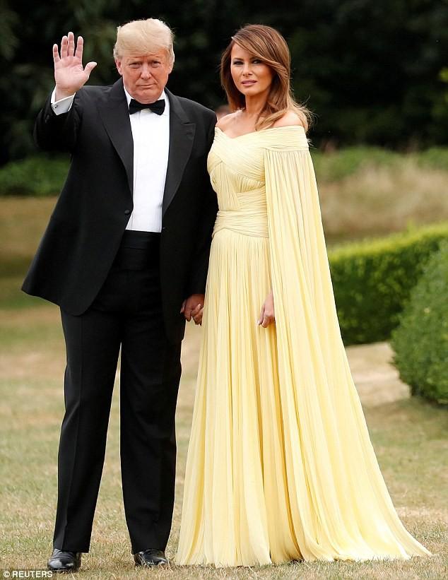 Không phải khách sạn, Tổng thống Mỹ Donald Trump và phu nhân sẽ ở dinh thự lộng lẫy này khi đến Anh - Ảnh 6.