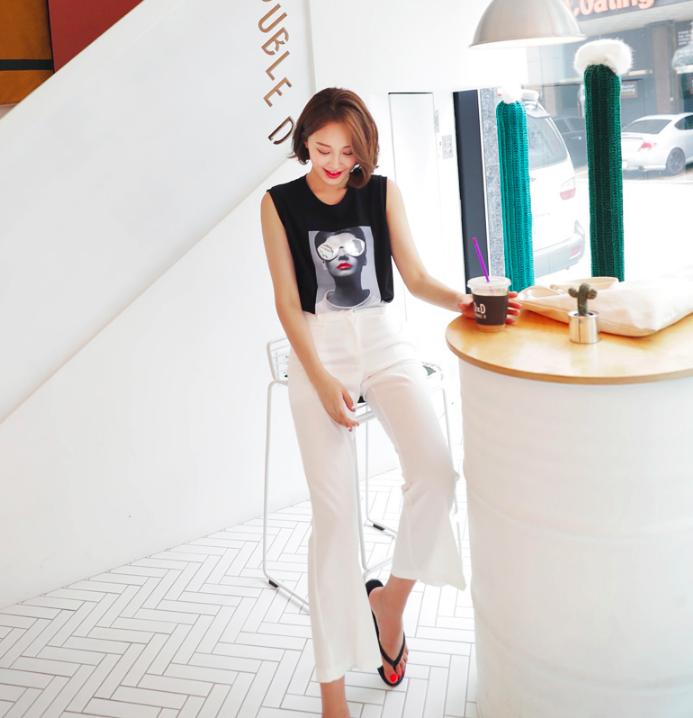 Hết áo phông trắng đến in chữ, nay áo phông in hình siêu nổi cũng được nàng công sở diện ngon ơ - Ảnh 7.