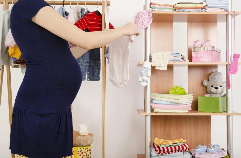 Để mua đồ đắt cho con đồng nghĩa với việc bố mẹ sẽ phải mất đi 1 ít thời gian dành cho con - Ảnh 2.
